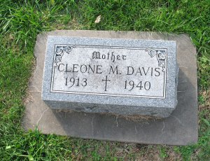 Cleone (O'Neil) Davis