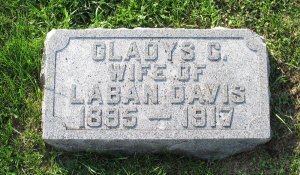 Gladys (Ray) Davis and infant girl (no marker)