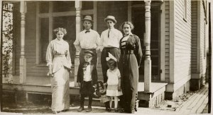 (adults, left to right) Ernestine (Sanders) Strelesky, Jack Strelesky, Burt MacDonough, Norma (Sanders) MacDonough; (kids) Herbert and Alice Strelesky