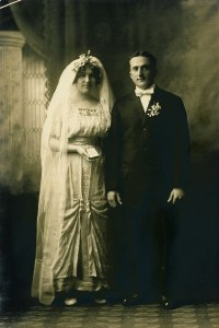 The wedding of Viola Bausman and Percy Davis